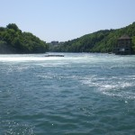 le Rhin, vue de l'autre côté de la chute