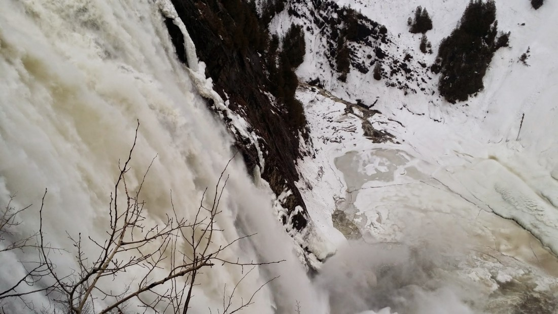 chute montmorency hiver