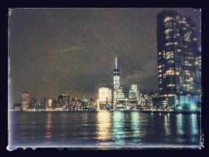 quartier financier de Manhattan vu de Jersey City, USA