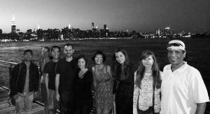 groupe meetup à Williamsburg avec vue sur Manhattan, nouvelle vie