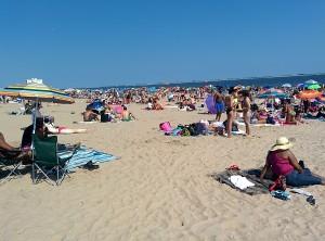 Brighton beach bondé, l'été
