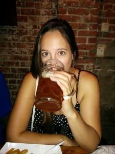 avec une pinte de bière